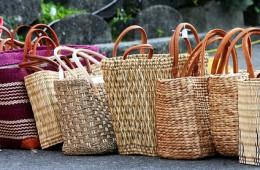 Artiklegebend ist der Boykott von Plastikprodukten.