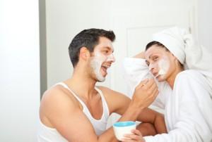 Der Artikel regt an Gesichtsmasken selbstzumachen.