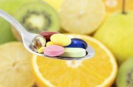 Fit im hohen Alter – was bringen Nahrungsergänzungsmittel wirklich?